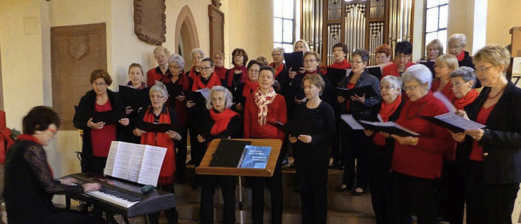 <BZ-FotoAnlauf>Frauenchor Haltingen:</...r Kirche St. Georg fand viel Beifall.   | Foto: Privat