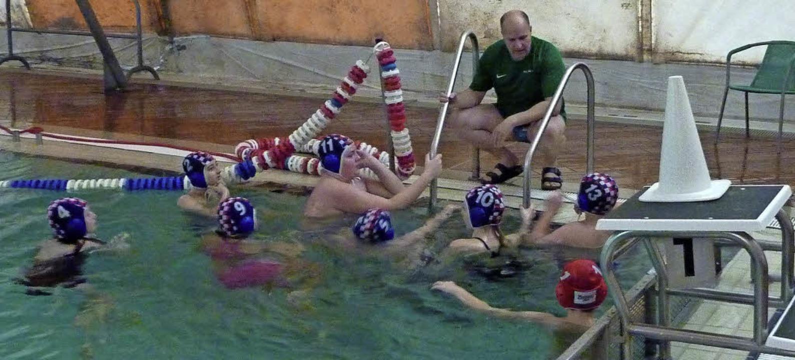 <BZ-FotoAnlauf>Wasserball:</BZ-FotoAnl...eiler SSG-Jugend war dabei sein alles.  | Foto: Privat