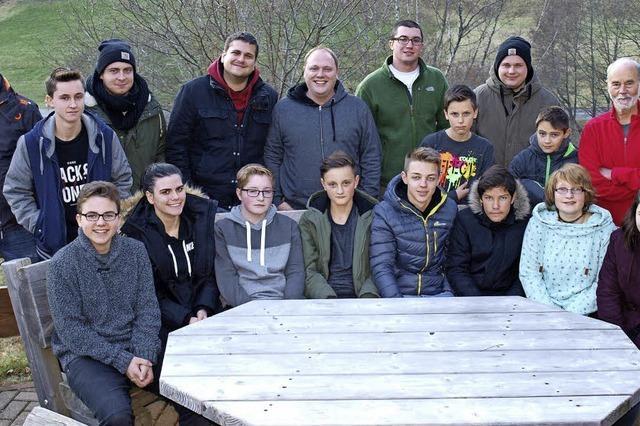 Jugendfeuerwehr Lörrach stärkt Teamgeist beim Wandern