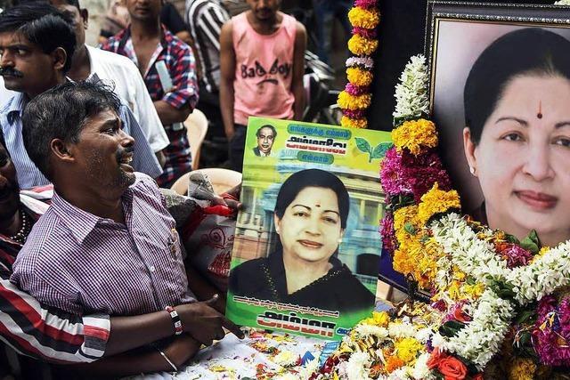 Jayram Jayalalitha gestorben – Massenhysterie in Südindien