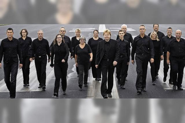 Das Freiburger Akkordeon-Orchester spielt in Oberbergen, Freiburg und Kirchzarten