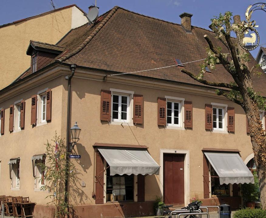 In diesem Haus an der Lammstraße fing ...r hatte die  Lateinschule ihren Sitz.   | Foto: Hans-Jürgen Günther
