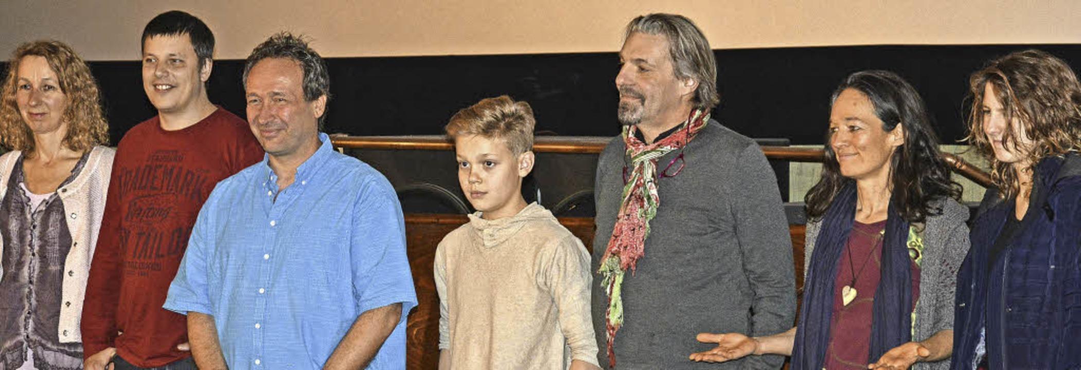 Waren von der positiven Resonanz ganz ... links) bei der Premiere in Kenzingen.  | Foto: Benedikt Sommer