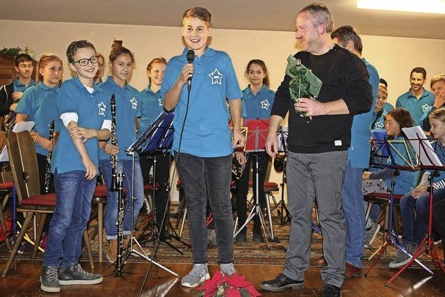 Großes Dankeschön für Jugenddirigent Marcus Baier