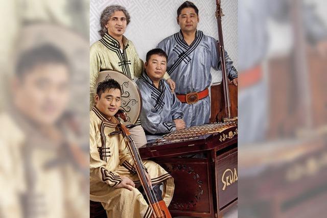 Mongolisch-orientalische Musik entführt in eine exotische Welt im Klausenbauernhof
