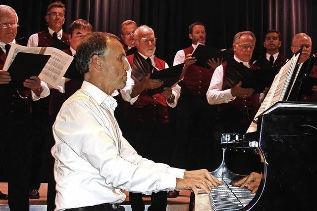 Männerchor, Landfrauenchor und Instrumentalisten in St. Märgen