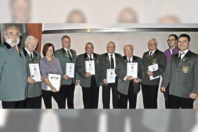 Schützengesellschaft ehrt langjährige Vereinsmitglieder und zieht Bilanz
