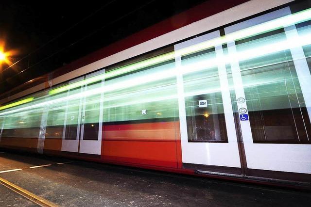 Tränengas in der Straßenbahn? – Polizei sucht Zeugen