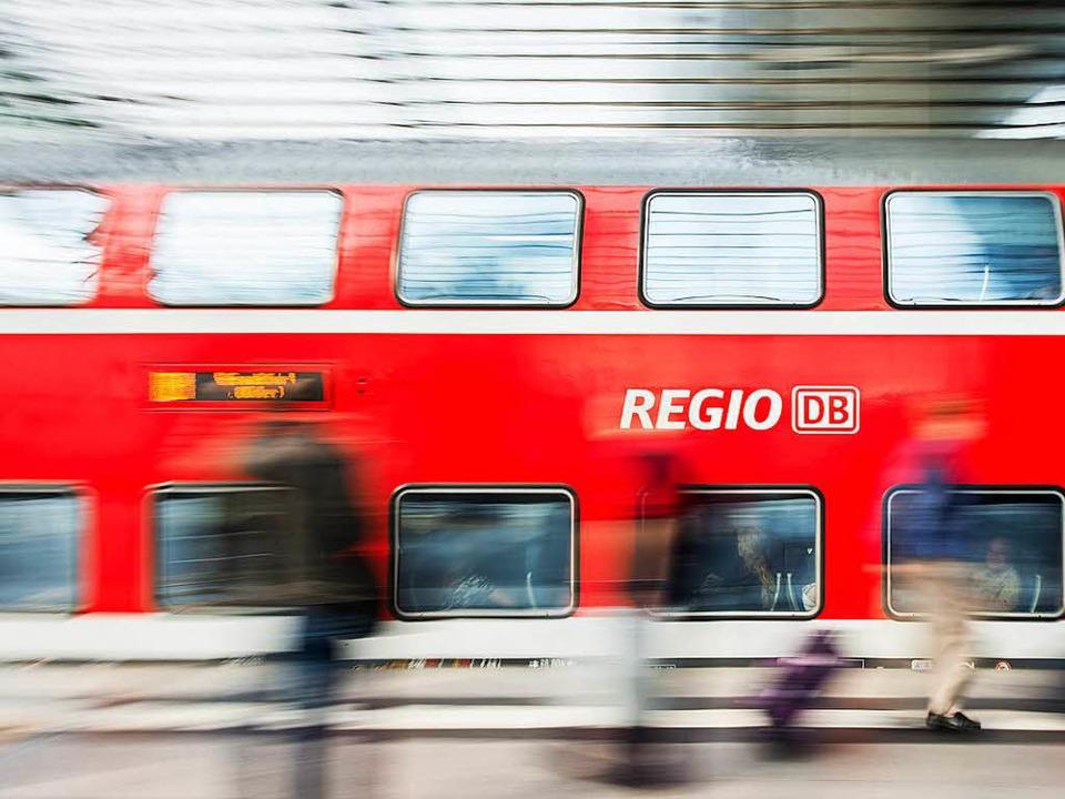 Die zweistöckigen Regionalbahnen werde...ld auf der Rheintalstrecke dominieren.  | Foto: dpa