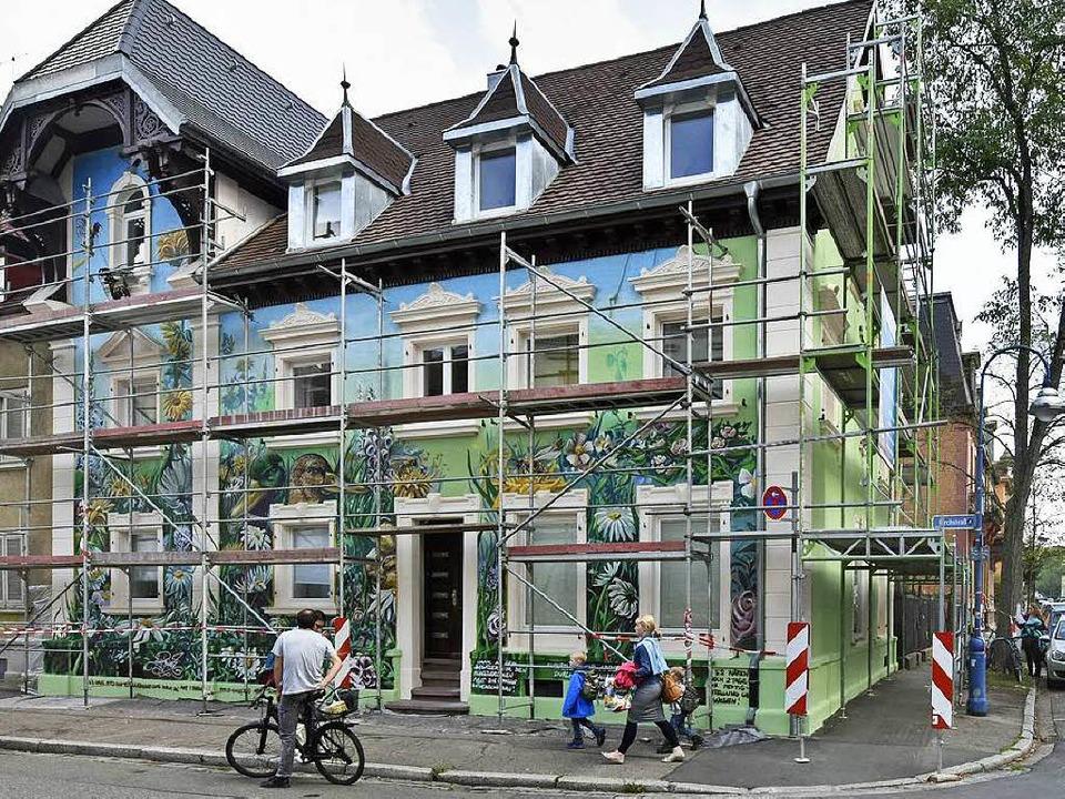 Für zu viel Aufsehen hatte das Graffit...ße gesorgt, findet die Kunstkommission  | Foto: Michael Bamberger