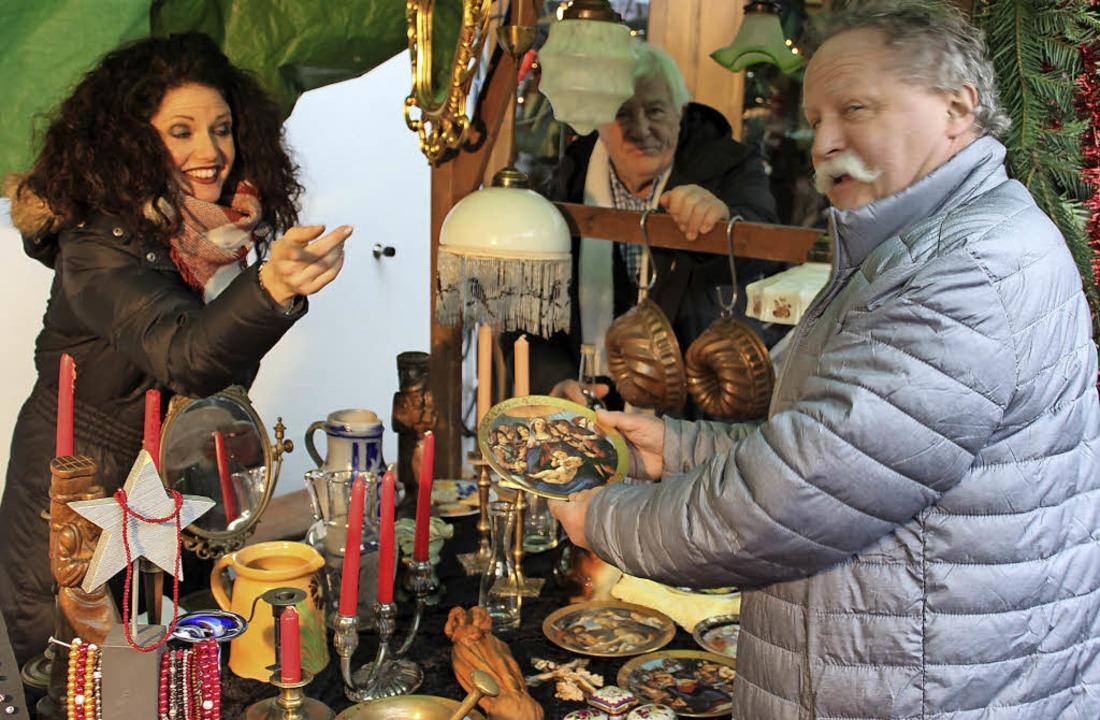 Antikes und Schmuck gab es am Stand vo...auf dem Gottenheimer Weihnachtsmarkt.   | Foto: Mario Schöneberg