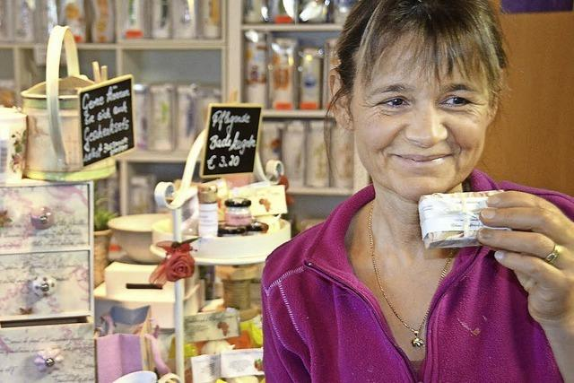 MACHT AUF DIE TÜR: Duftende Seifen von Hand gesiedet