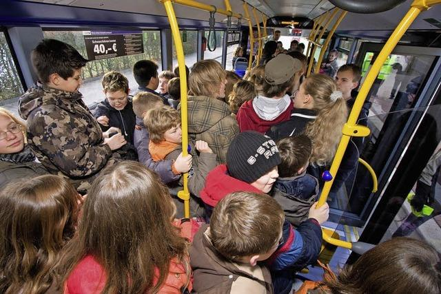 Früh raus, dann 70 Minuten in Bus und Bahn
