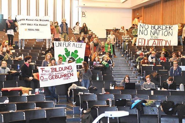 Besetzung des Audimax: Uni Freiburg hält an Position fest
