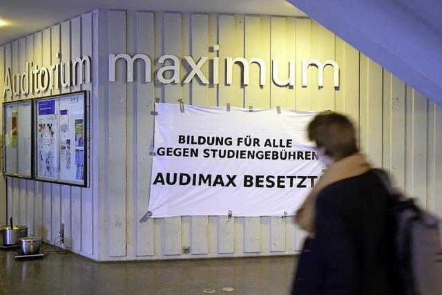 Protest gegen Studiengebühren - Studenten besetzen das Audimax