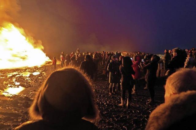 Warum die Friesen am 21. Februar Feuer machen