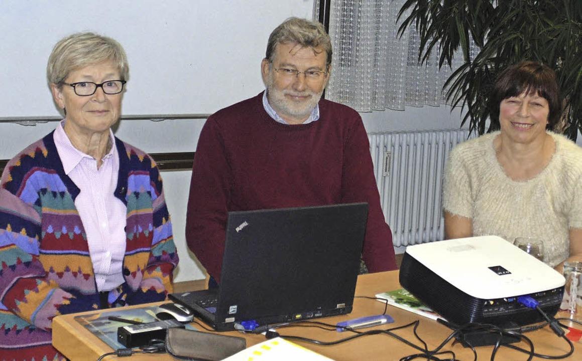 Auf der Suche nach einem Treffpunkt in...Franz-Martin Sauer und Hildegard Koch.  | Foto: M. Gottstein