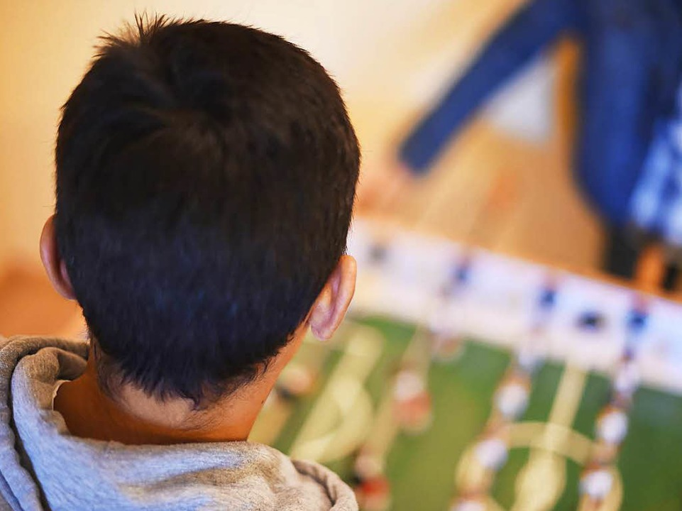 Unbegleitete minderjährige Flüchtlinge...wachsene Verwandte nach Europa kommen.  | Foto: Uli Deck/dpa