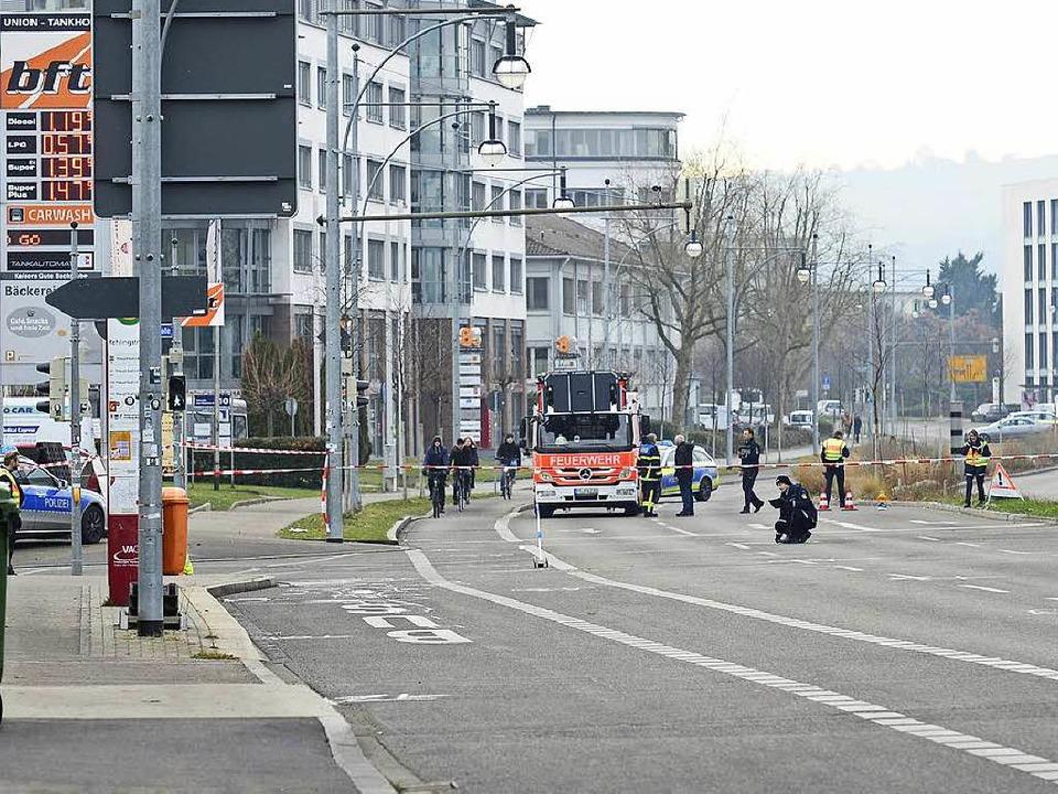 Die Abbiegespur Richtung B31 an der He... ein weiterer Radler Glück im Unglück.    Foto: Ingo Schneider