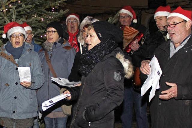 Weihnachtsstraße lockt wieder viele Besucher an