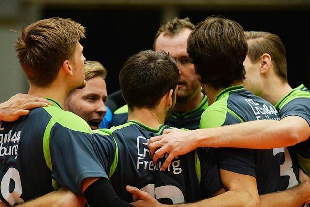 Zweitliga-Volleyballer von 1884 Freiburg schmettern sich zum 3:1-Sieg über den GSVE Delitzsch