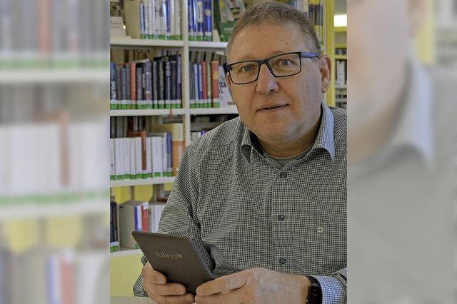 Bei der E-Medien-Sprechstunde in der Stadtbibliothek werden Fragen rund um E-Book-Reader beantwortet