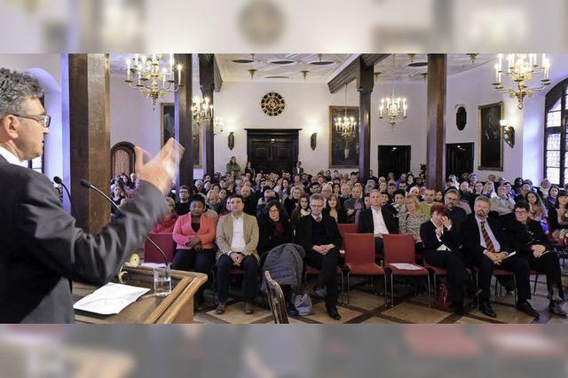 So war die Einbürgerungsfeier für 566 neue Freiburgerinnen und Freiburger