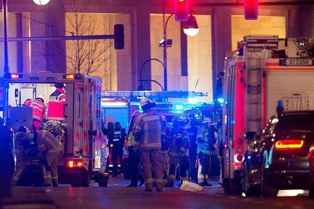 Berliner Polizei geht von Terroranschlag aus – mindestens zwölf Tote – Verdächtiger festgenommen