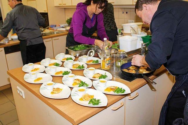 Im Kurs für das Kochen an Weihnachten lernen