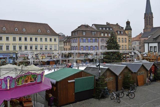 Auf dem Emmendinger Weihnachtsmarkt reagiert man gelassen auf den Anschlag von Berlin