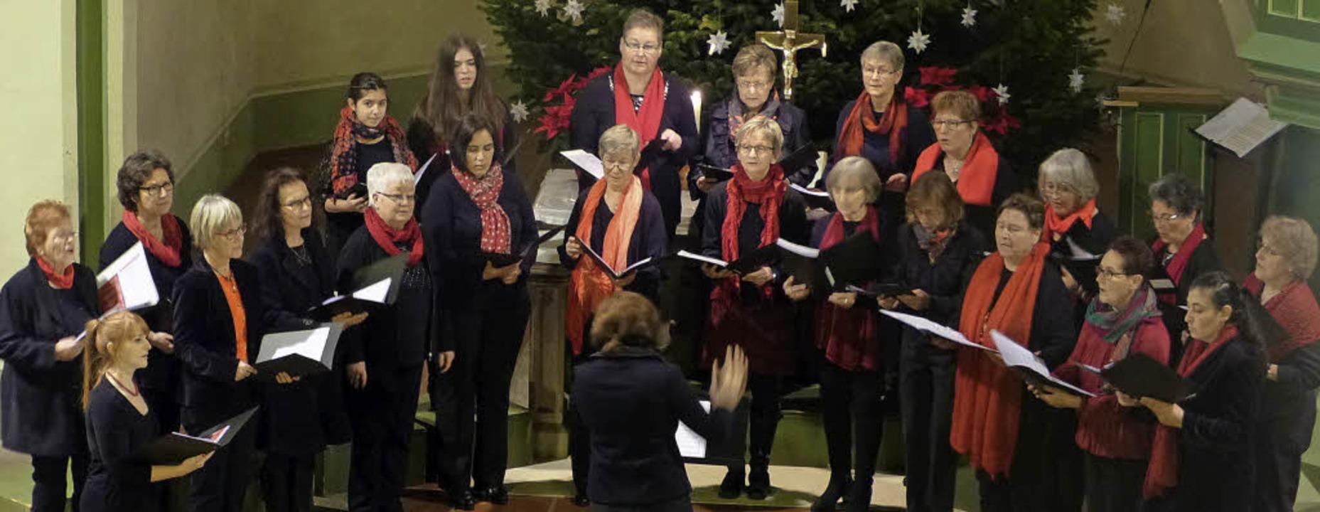 Weihnachtskonzert Gesangverein Köndrin... Köndringen und Gee Whiz Bad Krozingen    Foto: Aribert Rüssel