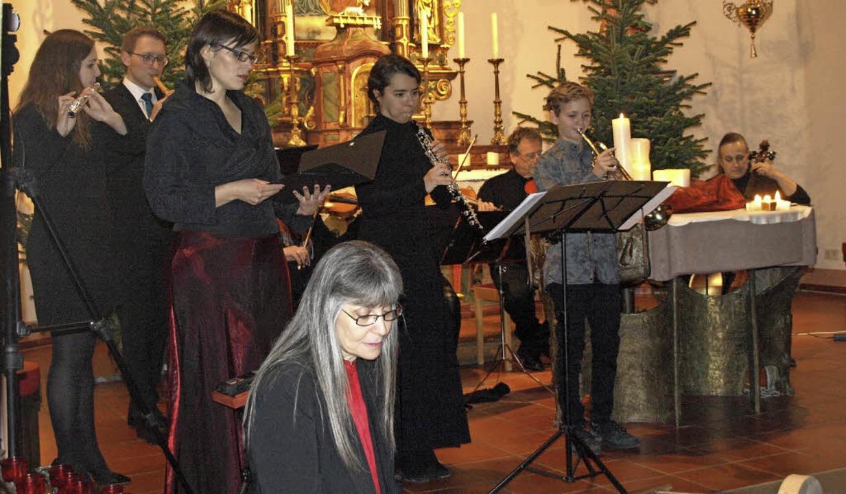 Vor randvollen Kirchenbänken fanden au...wieder die Sternstunden in Ibach statt  | Foto: Karin Stöckl-Steinebrunner