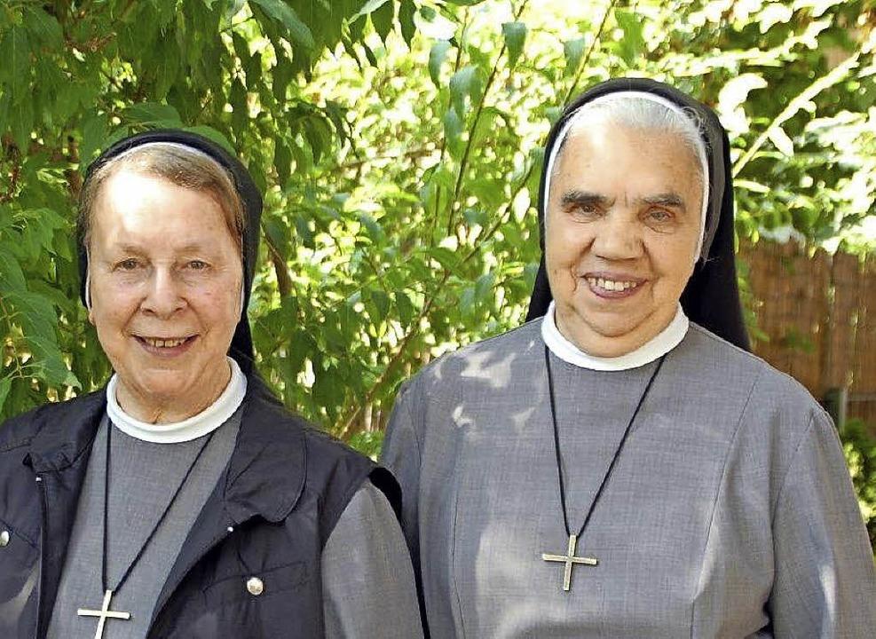 Schwester Jacinta Auer, Oberin, und  S... des Kessels (von links nach rechts).   | Foto: B. Puppe / R. Burgmaier/ H. Röderer
