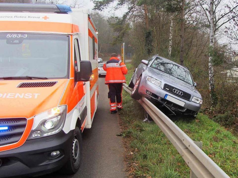Der Fahrer wurde leicht verletzt, den ...den schätzt die Polizei auf 4000 Euro.    Foto: Polizei Müllheim