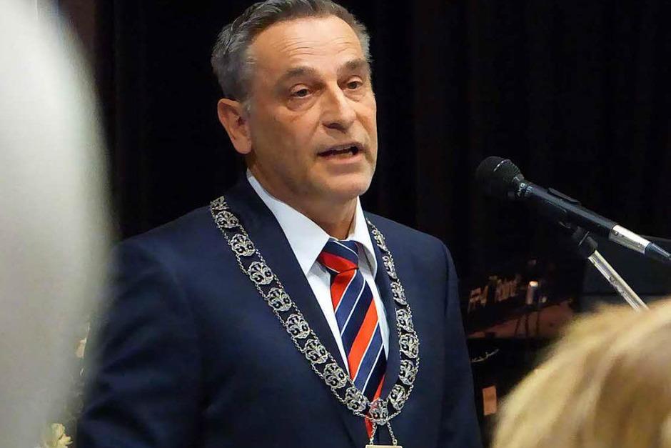 Bürgermeister Klaus Jehle spricht beim Neujahrsempfang. (Foto: Frank Leonhardt)