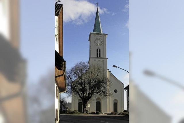Kirche strahlt in festlichem Glanz