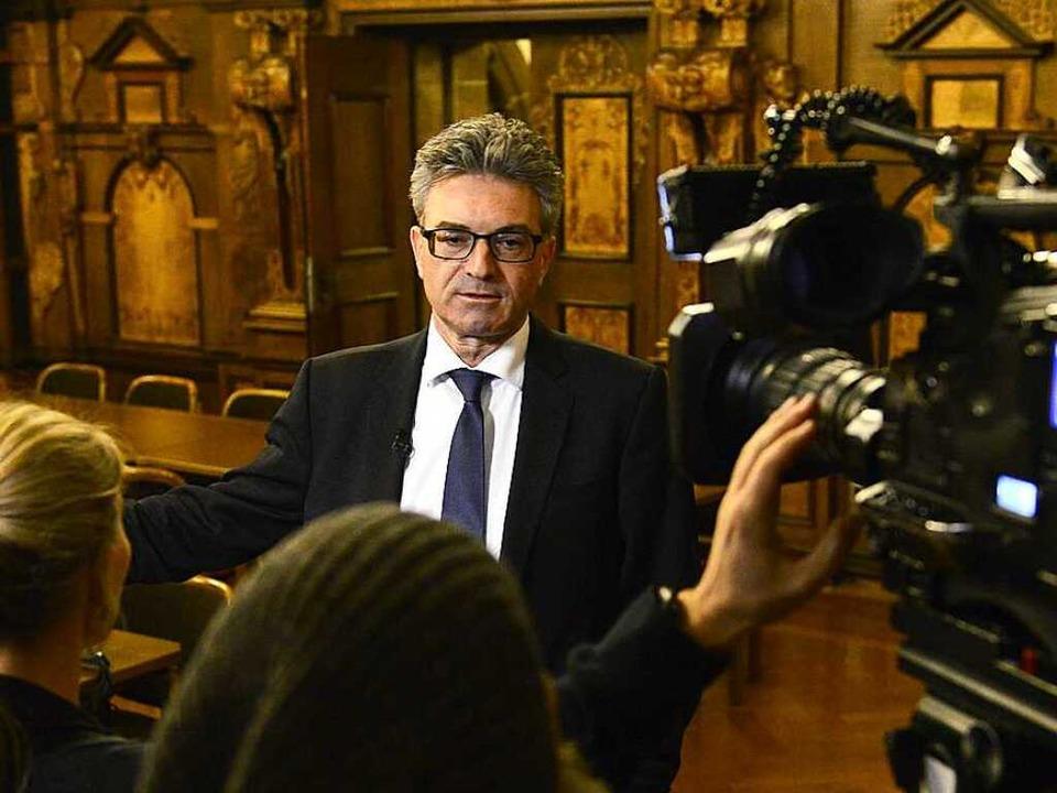 Oberbürgermeister Dieter Salomon war n...urde er zur Zielscheibe von Hassmails.    Foto: Ingo Schneider
