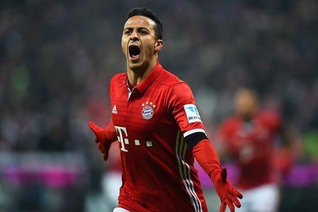 FC Bayern fertigt RB Leipzig im Spitzenspiel ab