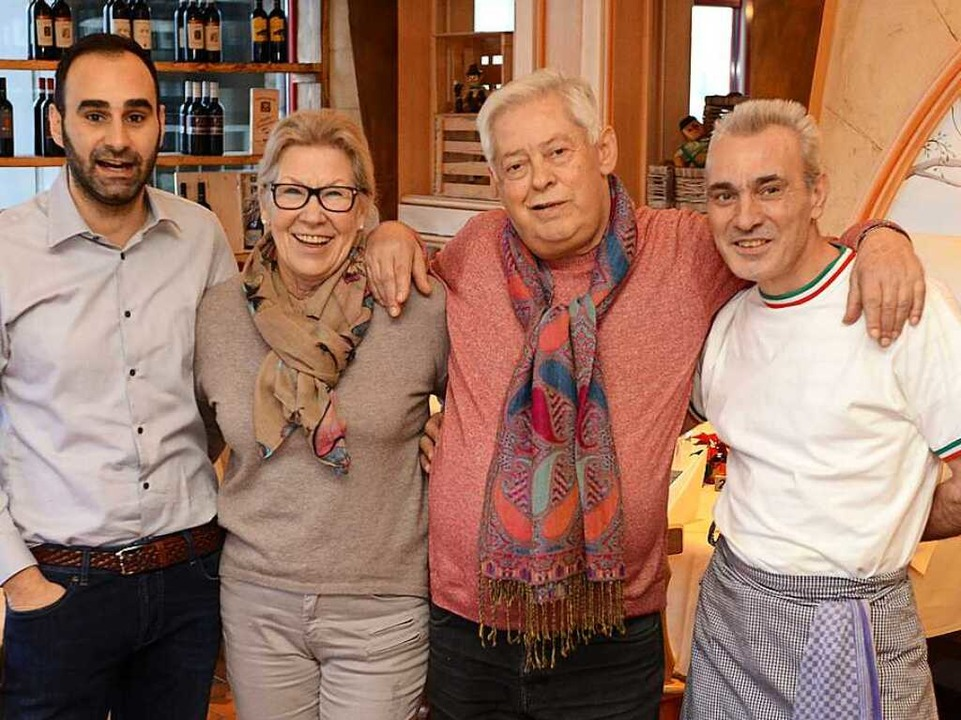 "Das ""Pinocchio""-Team bewir...Enzo Guida, Koch Giovanni Amagdalinei.  | Foto: Rita Eggstein"
