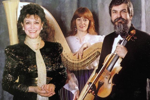 Budapester Harfe-Geige-Duo und Sopranistin Eva Csapó in Haltinger St. Georgs-Kirche