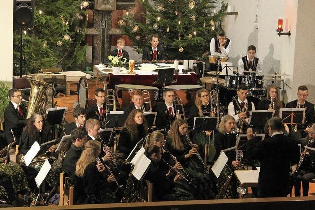 Trachtenkapelle bereicherte die Feiertage mit Konzert in der Fridolinskirche