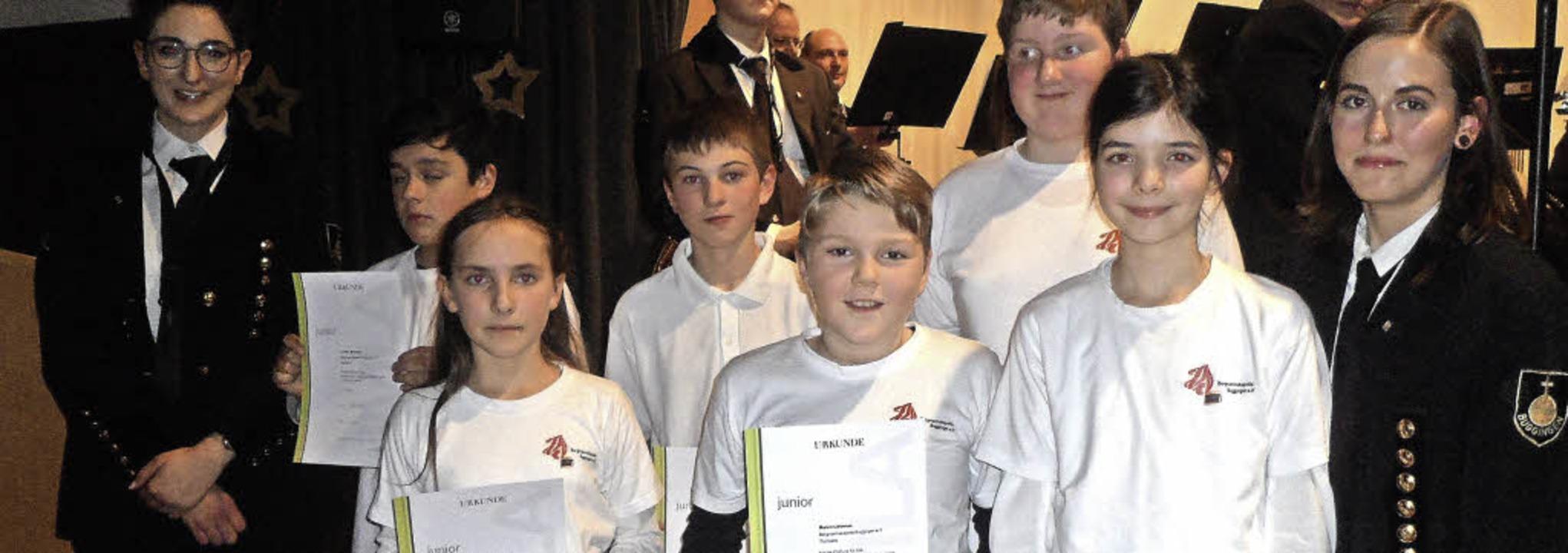 Strahlende Gesichter  (von links): Lui...r, Désirée Dinser (Jugendvertreterin)     Foto: Bianca Flier