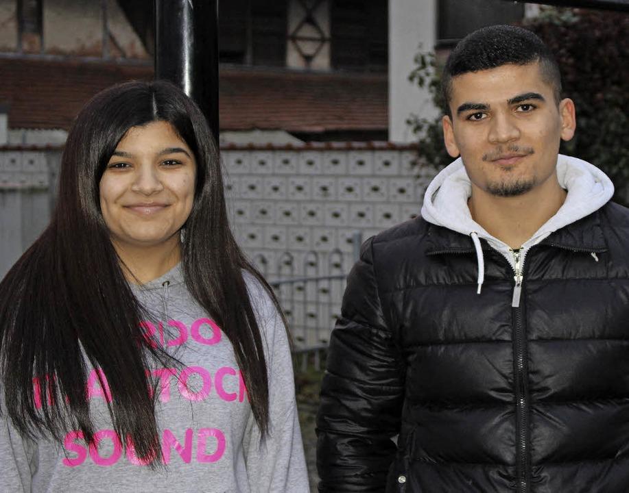 Aristan Smko und ihr Cousin Redur Besi Aljas  | Foto: Axel Reibel