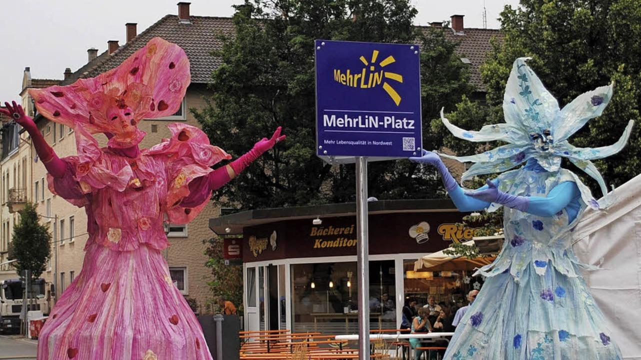 Das Ziel von Rudolf Kothmeier (rechts)...der MehrLiN-Platz eingeweiht (links).     Foto: rob/Jigal Fichtner