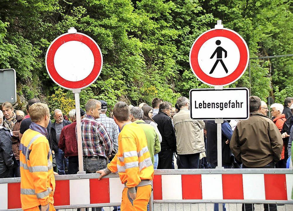 Die Sperrung der Albtalstrecke hat 201...iftenaktion mit 11000 Unterzeichnern.   | Foto: Martin Köpfer