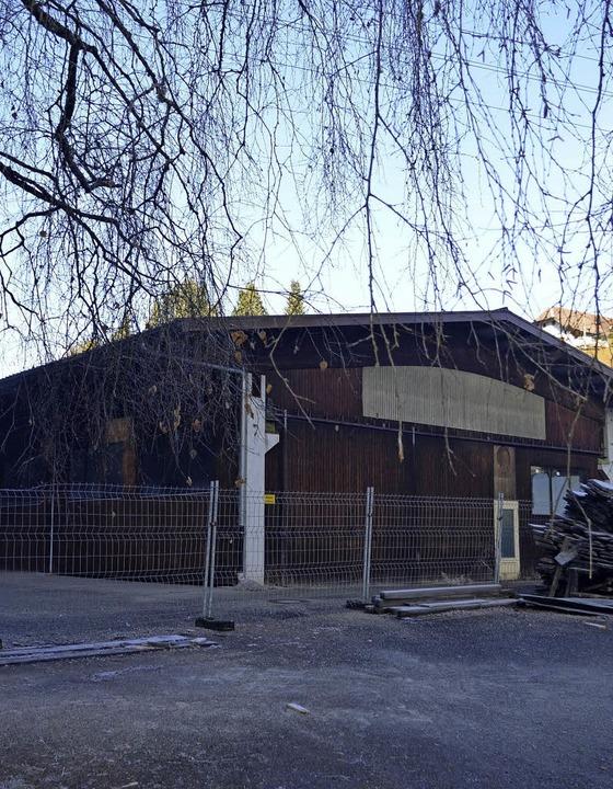 Ausbau des Bauhofs 2017  im vorderen Teil der Finstermühle-Halle    Foto: Nikolaus Bayer