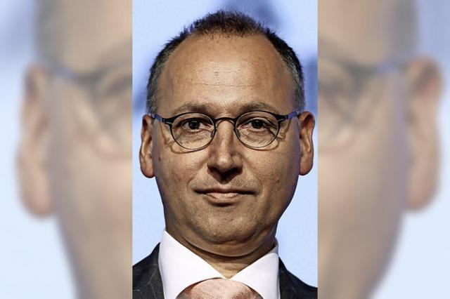 """Bayer-Chef Werner Baumann ist """"Dinosaurier"""" 2016"""
