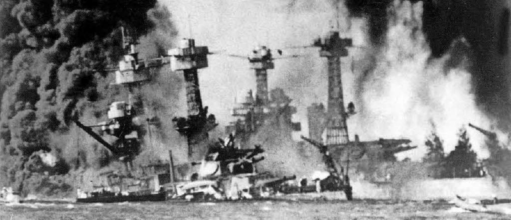Angriff ohne Vorwarnung: Japanische Ka...r und töteten mehr als 2400 Soldaten.     Foto: dpa/AFP
