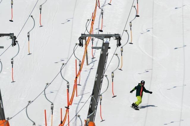 Ab Silvester laufen die Skilifte auf dem Feldberg – dank Beschneiung