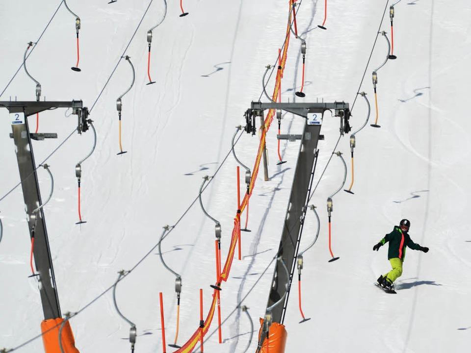 Ab Silvester laufen die Skilifte auf d... (Archivbild vom Saisonende im April).  | Foto: dpa